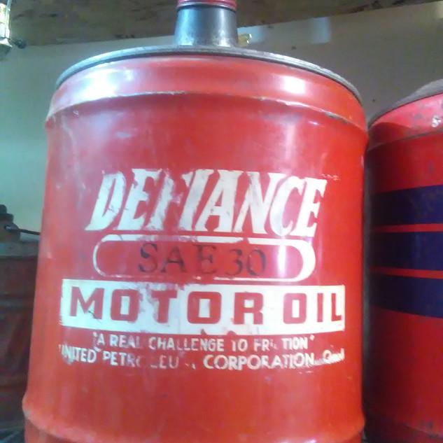 Defiance Motor oil