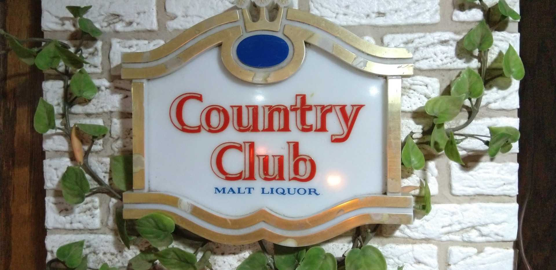 Country Club Beer Light up.jpg