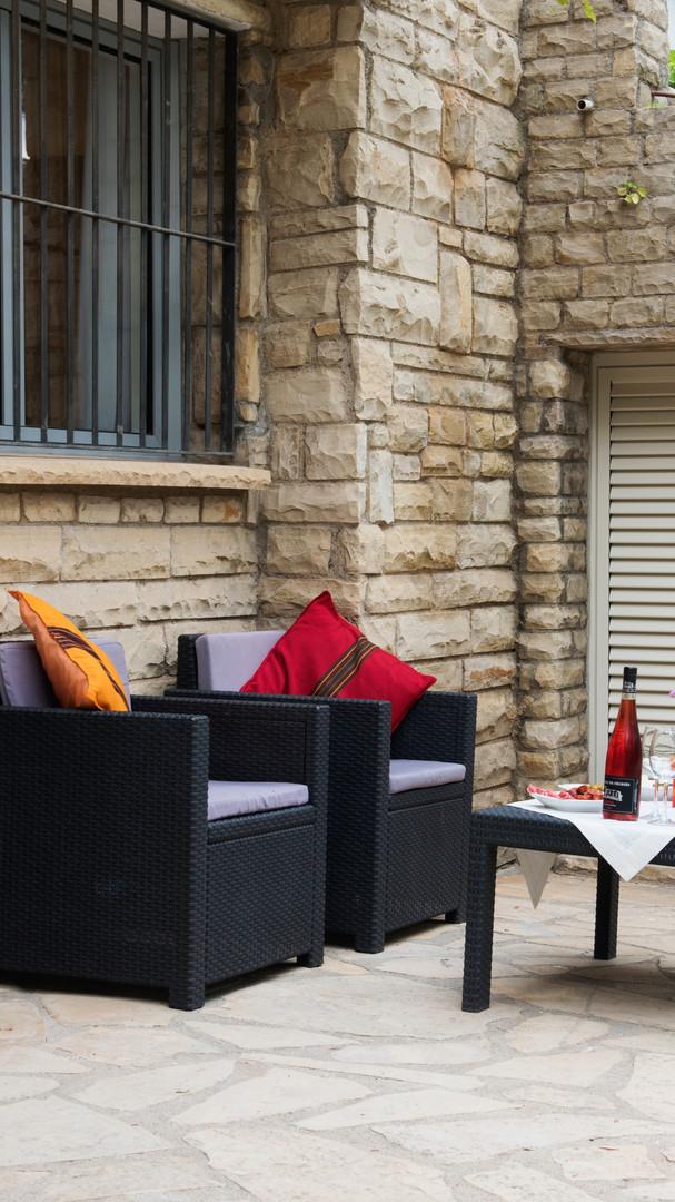 Terrace Horta room