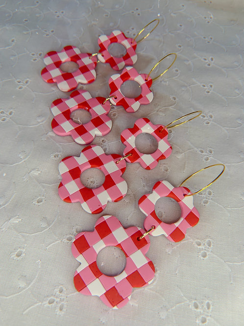 red gingham double flowers