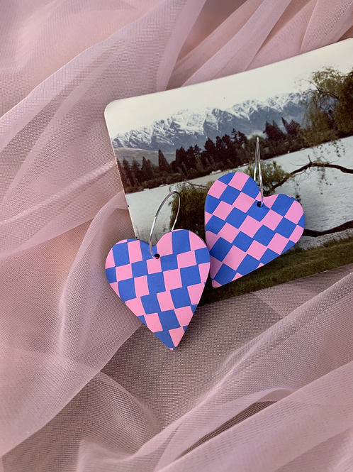 pink and blue checkered hearts