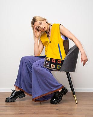 Réversible vest with crochet back