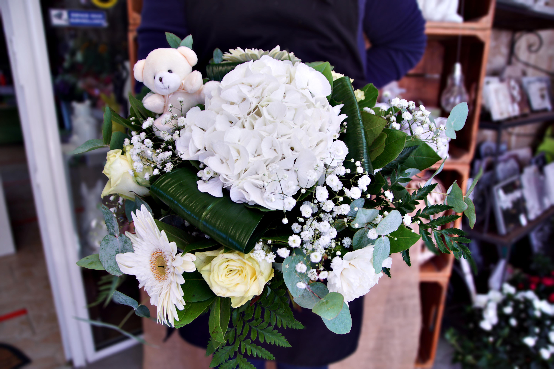 Bouquets du Fleuriste Blanc avec petit Nounours