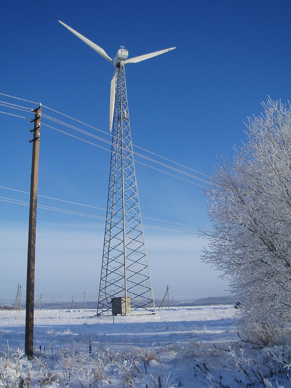 Middelgrote windmolen of windturbine