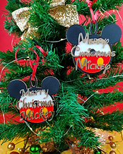 Christmas Mickey V2 a.png