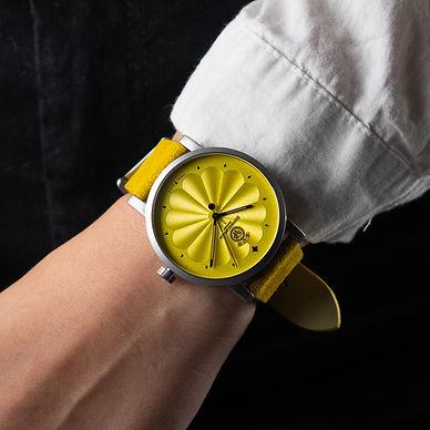 ÈOS Demeter Yellow