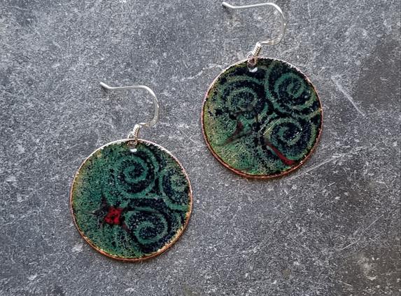 irish-enamels-spirals