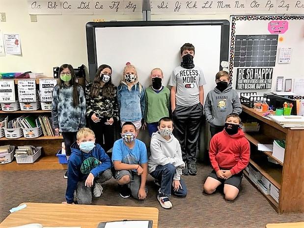 Students wearing masks at Campbell.jpg