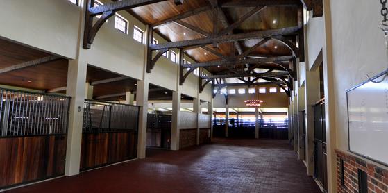 Florida Equestrian Center | Horse Stalls USA