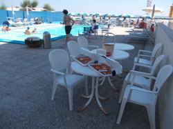 pizzette calde in piscina