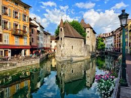 Study Abroad in France this summer!