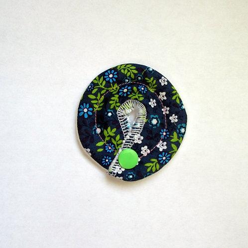 Petit Stomie Patch - bleu à fleurs