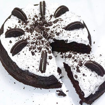 Cookies & Cream Chocolate Cake