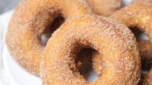 Easiest Vegan Donuts