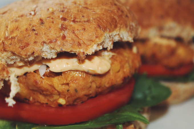 Red Spiced Chickpea Burger