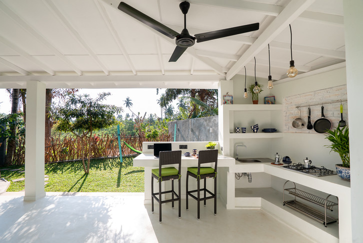 Your Dream Bungalow- Terrace View + Kitchenette.