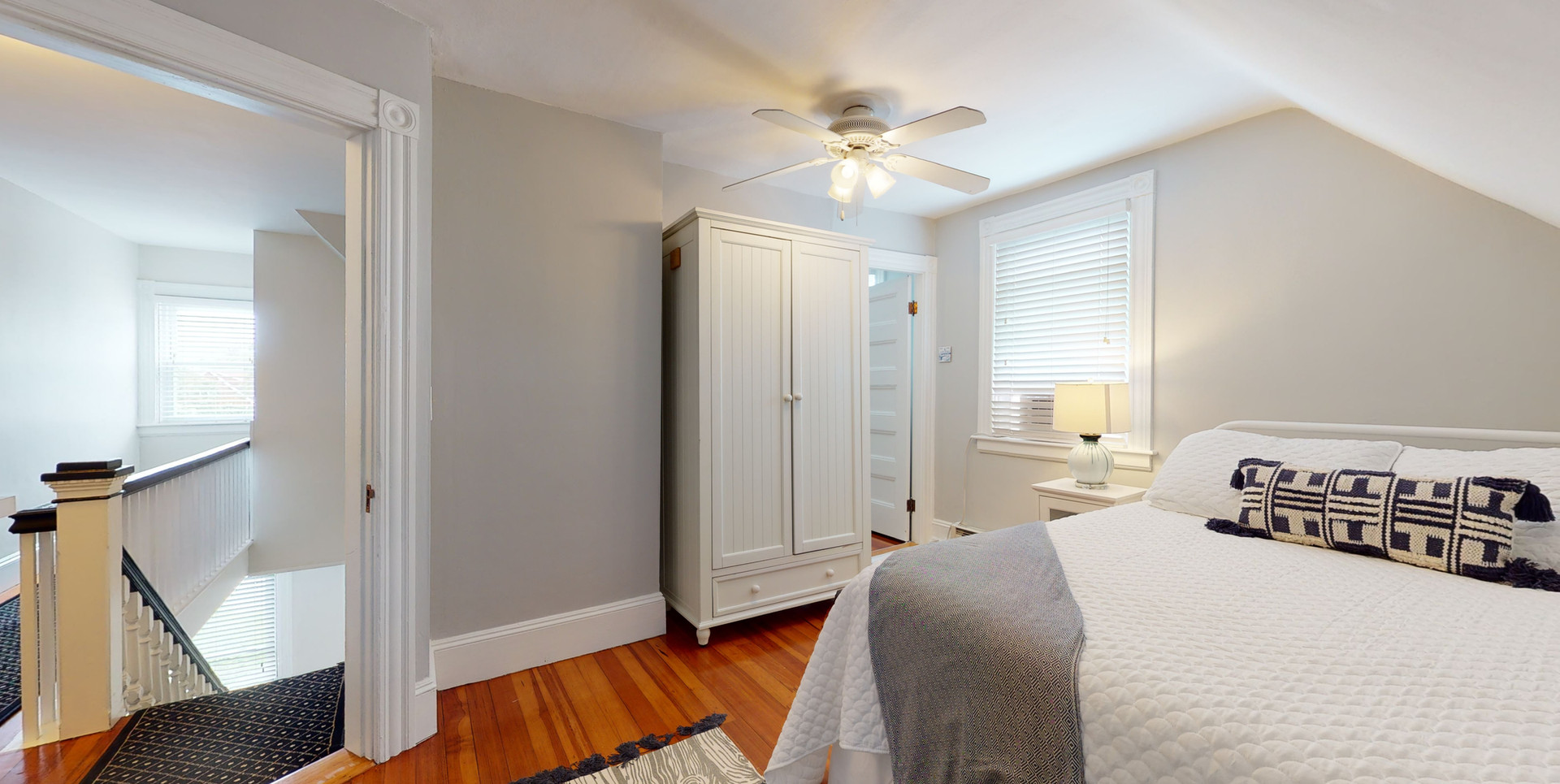 3RD FLOOR QUEEN BEDROOM #2_1