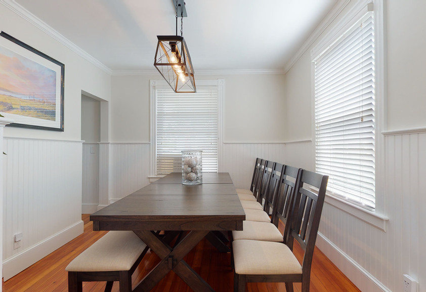 DINING ROOM FOR 14-16 PEOPLE