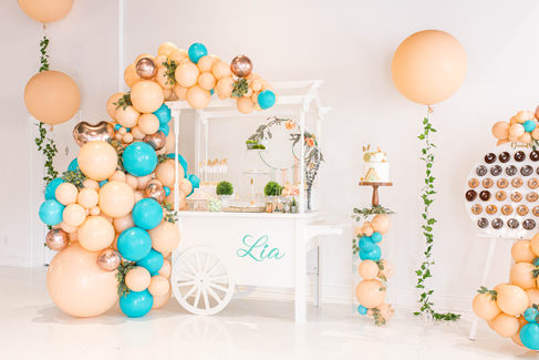 Our Sweetscart, Clear Pedestal and Donut Bar