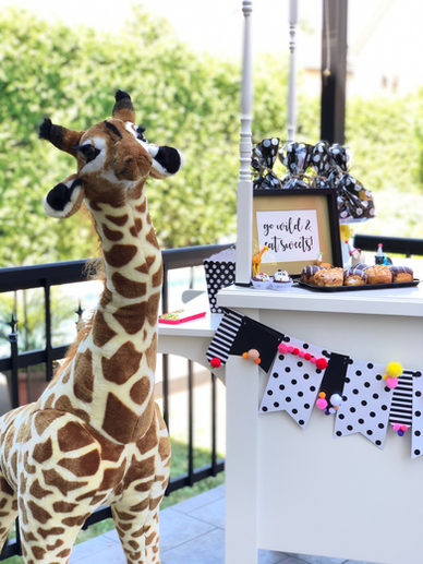 Location Gertrude la girafe de 4' de haut