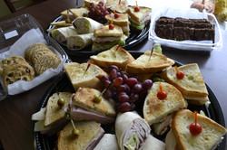 Full Lunch Platters and Desserts