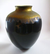 Vase en céramique or et noir Céramique Poterie du Chant de la Fontaine