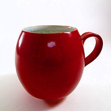 Grand Mug Rouge Céramique Poterie du Chant de la Fontaine