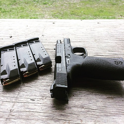 The new girl, I dreamt of are all night long. My smith&wesson m&p40