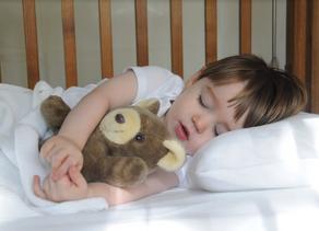 Como lograr que mi hijo tenga mejores siestas.