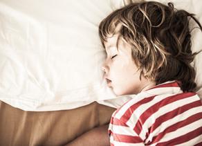 4 Razones por las que tu hijo no duerme bien