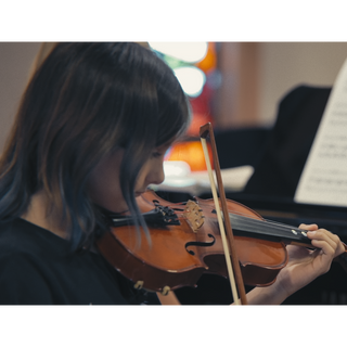 Violin teacher in Bay Ridge, Brooklyn