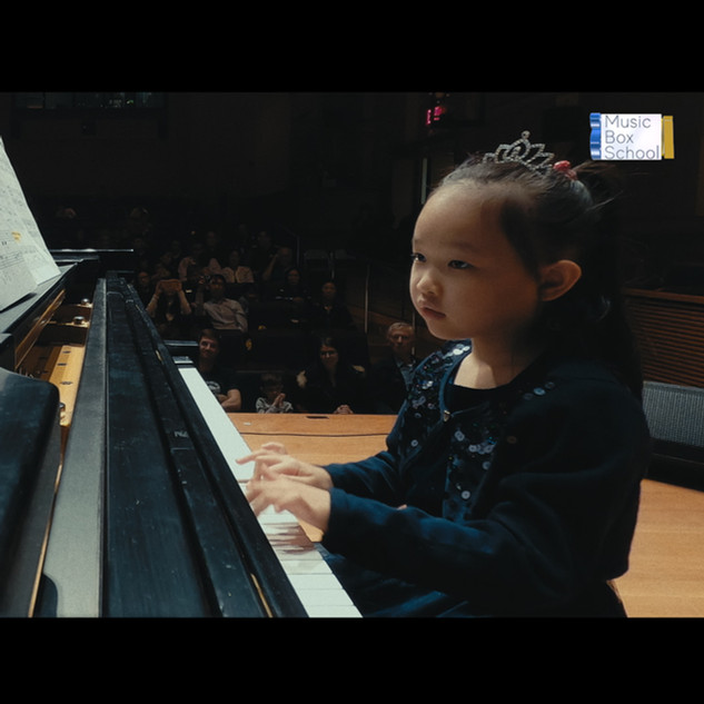 Piano lessons for adults in Bay Ridge, Brooklyn