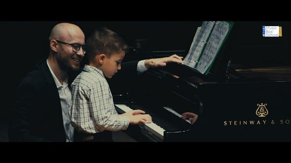 Piano tutors in Sheepshead Bay