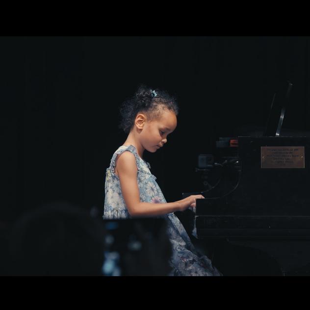 Piano teacher in Bay Ridge, Brooklyn