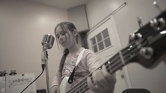 Guitar lessons, Rock band classes, Drums lessons in Staten Island, Bay Ridge, and Sheepshead Bay