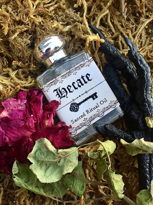 Hecate Sacred Ritual Oil~Goddess of Witches