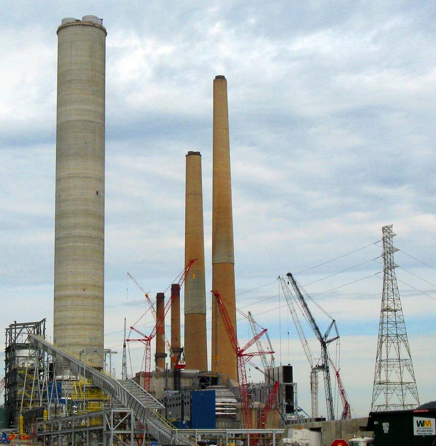 smoke stacks at the Sammis coal plant in Ohio