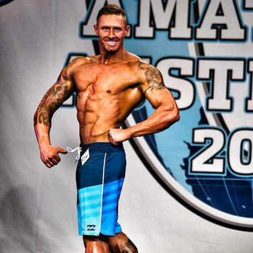 a shreded Todd Cowie at his first physique show.