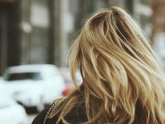 流行りのケアブリーチにご注意ください|広島髪質改善美容室