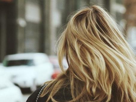 流行りのケアブリーチにご注意ください 広島髪質改善美容室