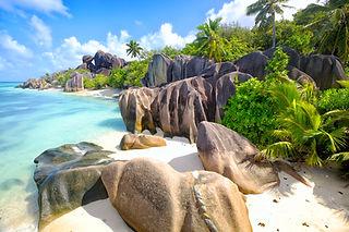 Tauchen-auf-den-Seychellen Anse-Source.j