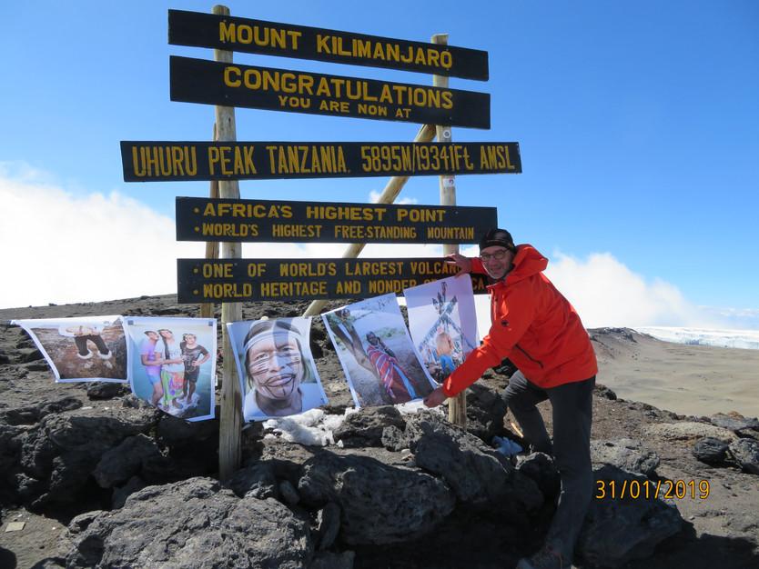 Erfolgreich auf dem Mount Meru und dem Mount Kilimanjaro!