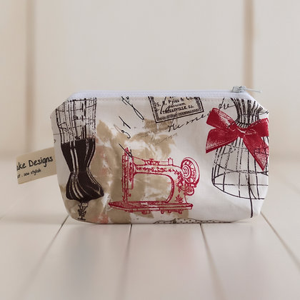 Small Zipper Pouch - Dressmaking