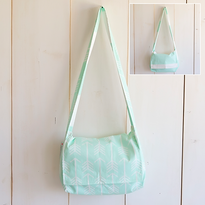 Mary | Messenger Tote