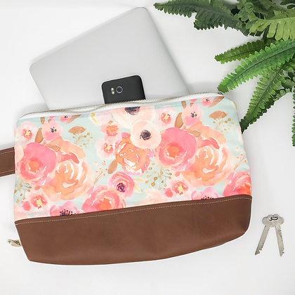 Blooms in Blush | Medium Wristlet