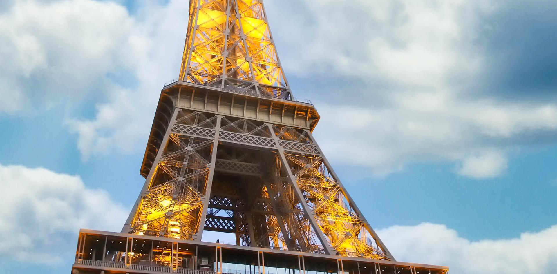 Soleil sur la tour Eiffel