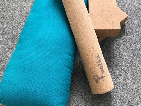 How to buy the best yoga mat.
