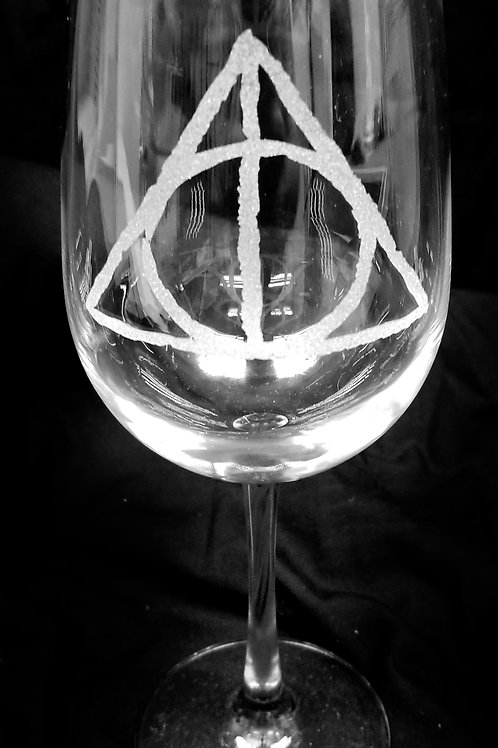 Wine Glass Inspired by Harry Potter Deathly Hallows