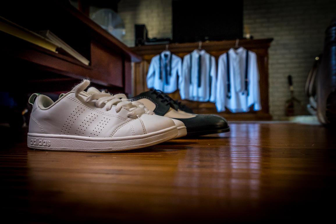 fotografo matrimoni varese-preparativi scarpe e camicie