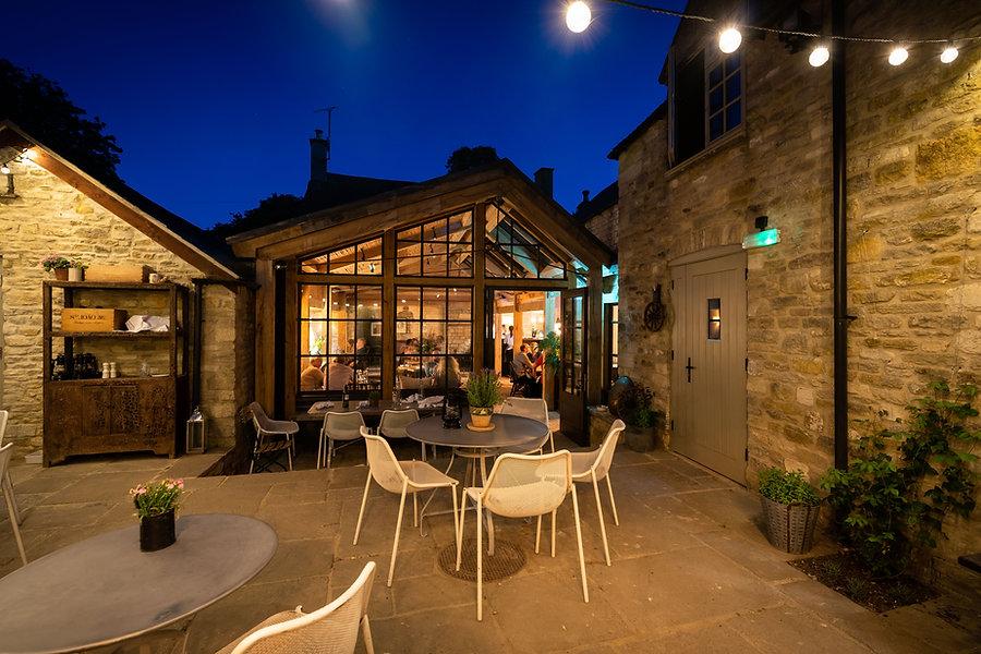 Royal-Oak-Dining-20200801_075.jpg